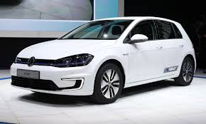 golf car volkswagen vw packs e golf with bigger battery more range for 2017