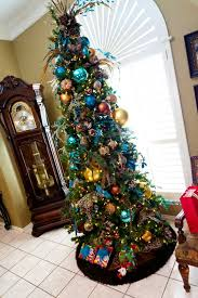 Small Ready Decorated Christmas Trees by Best 25 Slim Christmas Tree Ideas On Pinterest Pencil Christmas