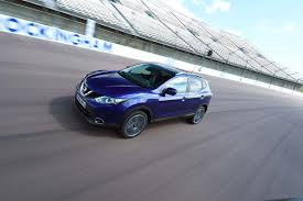 nissan qashqai knocking noise crossover of the year 2015 nissan qashqai auto express new car