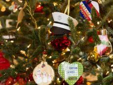 christmas tree decorating 50 christmas tree decorating ideas hgtv
