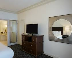 new orleans hotel rooms suites embassy suites by hilton new