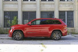 small jeep cherokee 2018 jeep grand cherokee srt trackhawk first drive review