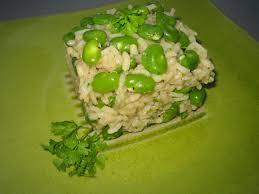 cuisiner les f钁es fraiches risotto aux fèves et à l ail cuisine
