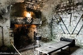 cuisine du donjon cuisine du donjon photo de château de joux la cluse et mijoux