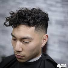 cheveux bouclã s coupe 15 coiffures pour cheveux bouclés coupe de cheveux homme