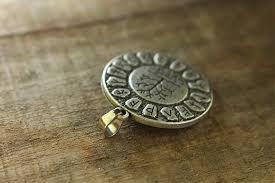 lanseis 1pcs yggdrasil rune necklace viking futhark runes tree of