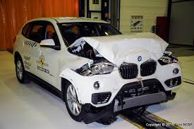 test crash siege auto official bmw x1 x2 safety rating