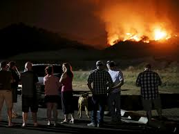 Wildfire Davis Ca by Wildfire In San Marcos California Burns Out Of Control In Heat