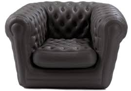 canapé gonflable chesterfield location de fauteuil chesterfield gonflable sur ekipement com