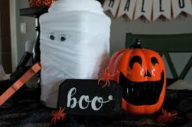halloween kids table decor ideas embellish ology