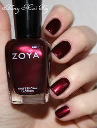 zoya blair i always do my nails for christmas i feel like this