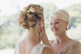 what should the mother of the bride do not these 9 things tlcme