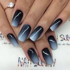 gradient nails blue ombré nail design dark blue to white