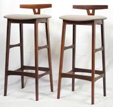 danish bar stools pair of rosewood danish modern barstools by dyrlund at 1stdibs