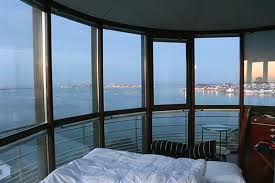 chambre d hote insolite bretagne phare de kerbel dormir dans un phare en bretagne hotels