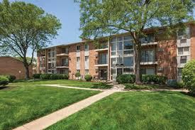 Court Yards Courtyards Village Rentals Naperville Il Apartments Com