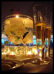 Wedding Centerpieces Floating Candles And Flowers by 453 Best Floating Candles U0026 Flowers Images On Pinterest