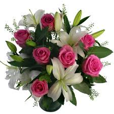 mothers day flowers 20 scented bouquet free uk delivery for mothers day