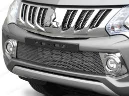 mitsubishi l200 2015 mitsubishi l200 2015 on front fog light cover chrome 4x4