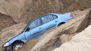 car falls into cape cod sand dune after it collapses youtube