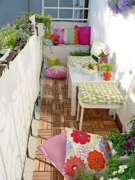 wã schespinne fã r balkon best 25 narrow balcony ideas on balcony design small