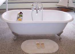 Refinishing Bathtubs Cost Bathtubs Chic Refinishing Clawfoot Bathtub 136 Clawfoot Tub A