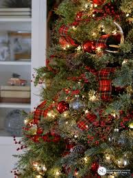 ideas for classic christmas tree decorations happy christmas decorated christmas tree best trees ideas on