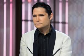 Ariel Barnes Corey Feldman Calls Lapd To Out Pedophiles During Dr Oz