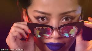 youtube u0027s michelle phan opens up about depression daily mail online