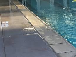 plage de piscine peinture antidérapante pour plage de piscine solthane rd