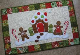 quilted christmas 8 christmas table runner patterns that stitch up