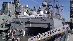 thanksgiving 2013 canada a thanksgiving weekend welcome south korean navy vessels dock at