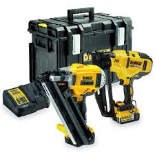 Battery Roofing Nailer by Dewalt Dck264p2 18v Xr Nailer Twinpack In Tough Box 2 X 5ah Batts