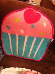 musings of my itty bitty budget target dollar section cupcake rug