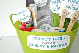 bridal shower gift basket ideas diy pairs bridal shower gift