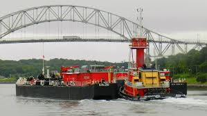 file oil barge at the cape cod canal jpg wikimedia commons