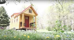 red homes red door tiny home