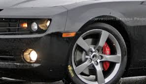 camaro z28 brakes camaro spotted wearing brembo brakes germany s nurburgring test