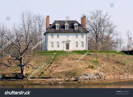 small colonial house colonial house on small hill top stock photo 1294599 shutterstock