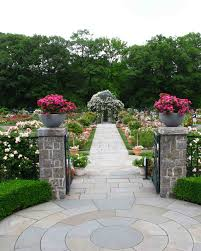 The New York Botanical Garden New York Ny 25 Beautiful Garden Wedding Venues Martha Stewart Weddings
