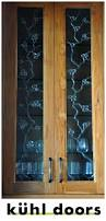 Kitchen Cabinet Glass Inserts by Best 25 Glass Cabinet Doors Ideas On Pinterest Glass Kitchen
