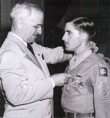 Most Decorated Soldier Of Ww2 8 Impressive Soldiers Who Became Heroes Oddee