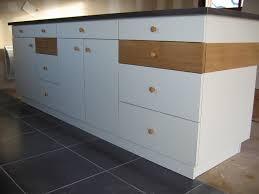 peindre meuble cuisine stratifi comment peindre un meuble stratifie i196 de cuisine traditionnel