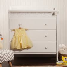 Davinci Emily 3 Drawer Changing Table Davinci Emily 3 Drawer Dresser Changing Table W Pad White