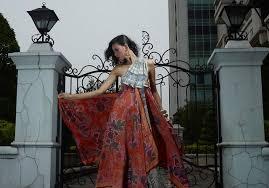 desain baju batik untuk acara resmi model baju batik wanita modern terbaru batik tulis indonesia