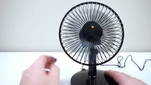 6 inch oscillating fan akaigu oscillating fan 2 speed 6 inch usb desk fan review youtube