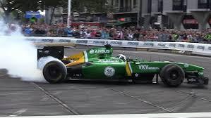 renault f1 van giedo van der garde demo caterham ct03 formula 1 city racing