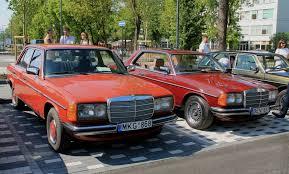 classic red mercedes mercedes benz u201c gerbėjai vilniuje demonstravo numylėtus modelius