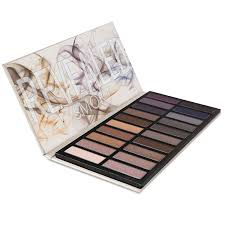 amazon com coastal scents revealed smoky eye shadow palette pl