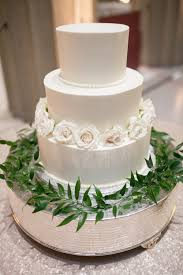 wedding cake greenery wedding cake costs what you get nashville wedding planner